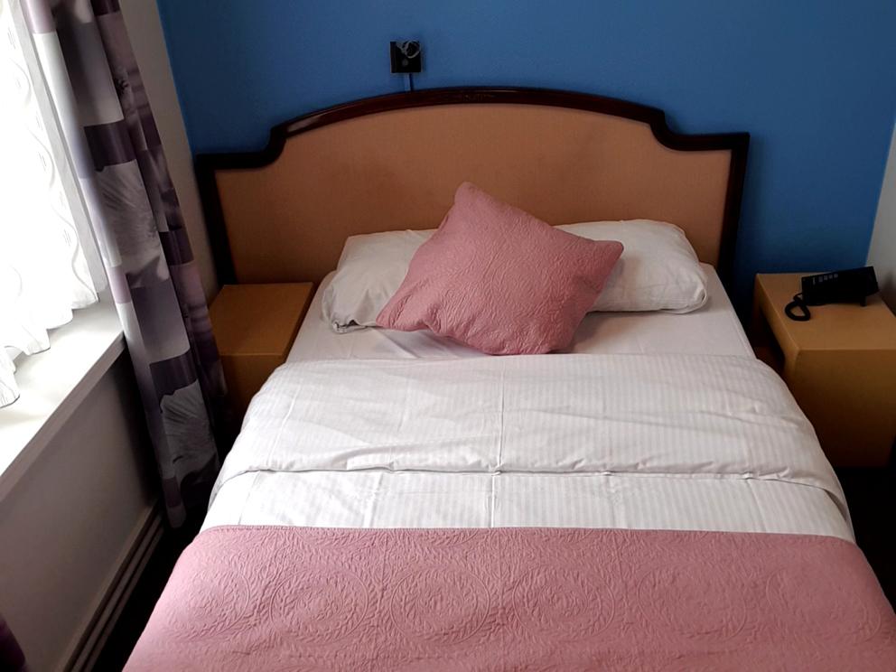 Une chambre simple pour 1 personne à Hôtel Derby Bruxelles